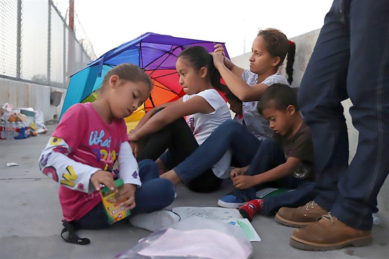 180626-border-mexico-asylum-mn-1245_fc9c7840c1de307b04836d4debafe5a7.fit-760w.jpg